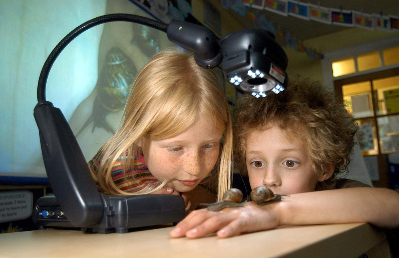audio visual solutions for schools including visualisers
